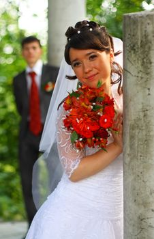Free Bride Near The Column. Stock Photos - 6784773