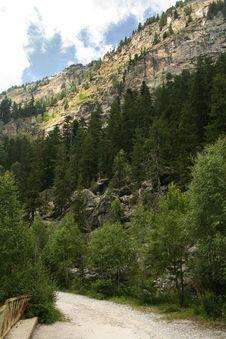 Free Rila Mountains Royalty Free Stock Photography - 6784877