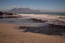 Free Table Mountain Royalty Free Stock Photos - 6786438