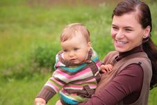Free Mother With Baby On Nature Stock Images - 6792194