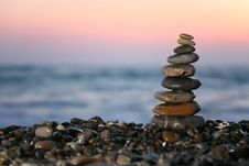 Free Small Pyramid From Stones On Seacoast Royalty Free Stock Photography - 6793367