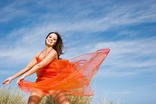 Free Beautiful Young Female Exercising Royalty Free Stock Photos - 6793538
