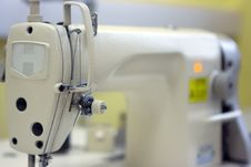 Free Sewing Machine Royalty Free Stock Photos - 6793818
