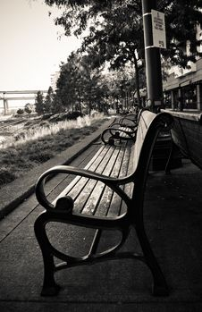 Free Park Bench Stock Image - 6795381