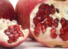 Free Pomegranate Isolated On White Stock Image - 6795911