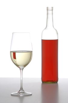 Free Two WIne Bottles Royalty Free Stock Photography - 6795927