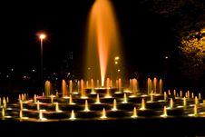 Free Illuminated Fountain Royalty Free Stock Photography - 6796547