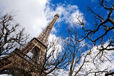 Free Beautiful View Of The Eiffel Tower In Paris Royalty Free Stock Photography - 6799917