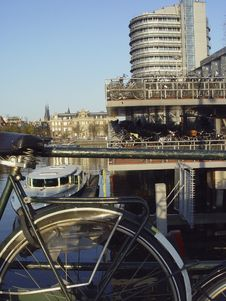 Free Bicycle Parking From Amsterdam Royalty Free Stock Image - 682956