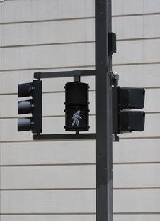 Free Crosswalk Sign Stock Photography - 684532