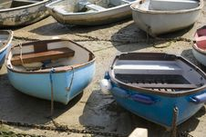 Free Blue Rowing Boats Royalty Free Stock Photography - 685767