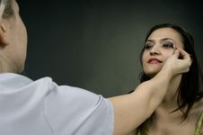 Free Applying Make-up Stock Photos - 686463