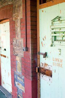 Free Gaol Linen Store Stock Photo - 689500