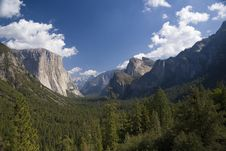 Free Yosemite Valley View Stock Photos - 6801543