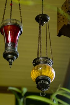 Free Lamps Hanging From The Ceiling Royalty Free Stock Images - 6804269