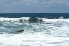 Free Waves In The Sea Stock Photography - 6807082