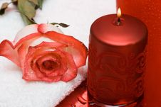 Free Candle With Rose And Towel Royalty Free Stock Photography - 6810197