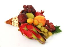 Free Bunch Of Fruits Royalty Free Stock Photography - 6810297