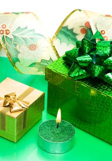 Free Golden Gift Box And Candle Stock Photos - 6810653