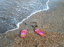 Free Flip-flop  On Sea Beach Stock Photos - 6810723