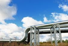 Free Industrial Pipelines Royalty Free Stock Image - 6813586
