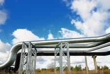 Free Industrial Pipelines Royalty Free Stock Images - 6813589
