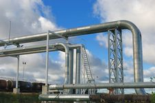 Free Industrial Pipelines Stock Photography - 6814112