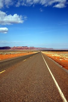 Free Desert Road Stock Images - 6814534
