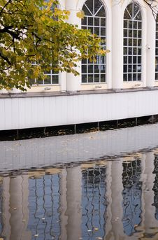 Free Reflection Royalty Free Stock Image - 6814536