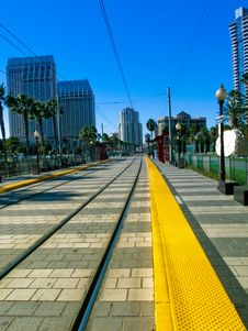Free Trolley Track Royalty Free Stock Image - 6818166