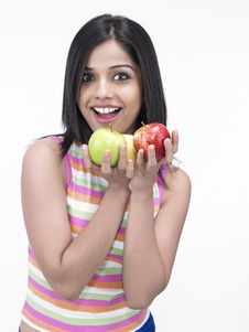 Free Asian Woman With Apples Royalty Free Stock Photography - 6818517