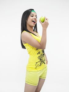 Free Woman Eating An Apple Stock Images - 6818684
