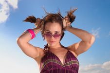 Free Trendy Woman With Hairdo Stock Photos - 6819033