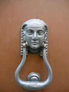 Free Egyptian Door Knocker Royalty Free Stock Photos - 6821528