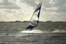 Free Backlit Windsurfer Royalty Free Stock Photography - 6822437