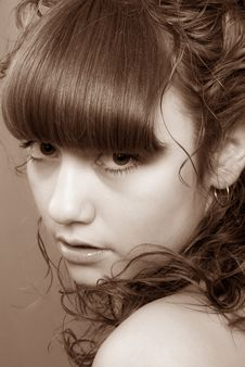 Free Nice Girl With Penetrating Glance (Sepia) Royalty Free Stock Photography - 6826757