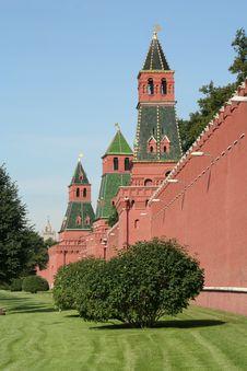 Free Kremlin Wall Royalty Free Stock Photography - 6827687
