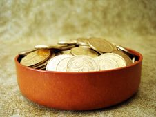 Free Golden Coins In A Box Stock Photography - 6828412