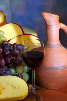 Wine, Cheese And Grape Royalty Free Stock Image