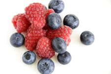 Free Summer Berries Stock Photos - 6832523