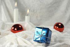 Free Christmas Present Stock Image - 6835281