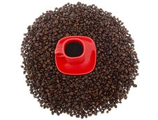 Free Coffee, Red Cup With Coffee Beans Stock Photo - 6836600