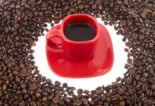 Free Coffee, Red Cup With Coffee Beans Royalty Free Stock Photo - 6836605