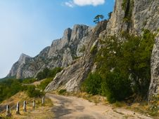 Free Old Road In Mountains Royalty Free Stock Image - 6836716