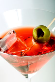 Free Martini With Olive Royalty Free Stock Photo - 6837305