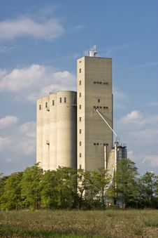 Free Grain Silo Stock Photo - 6838140