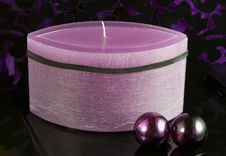 Free Violet Advent Candle Stock Images - 6841774