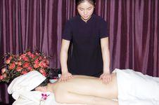 Free Massage In Beauty Salon Royalty Free Stock Image - 6842166