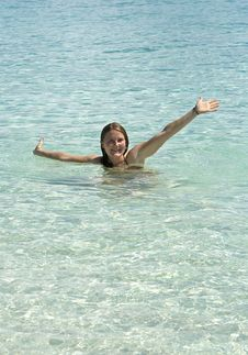 Free Girl In Clear Tropical Water Royalty Free Stock Photography - 6844597
