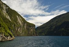 Free New Zealand Landscape. Doubtful Sound Stock Photo - 6845370